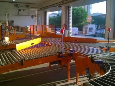 Instalación automática en un centro logístico de Envialia