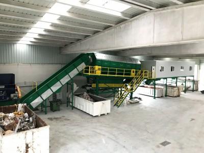 Línea de recuperación de materiales industriales